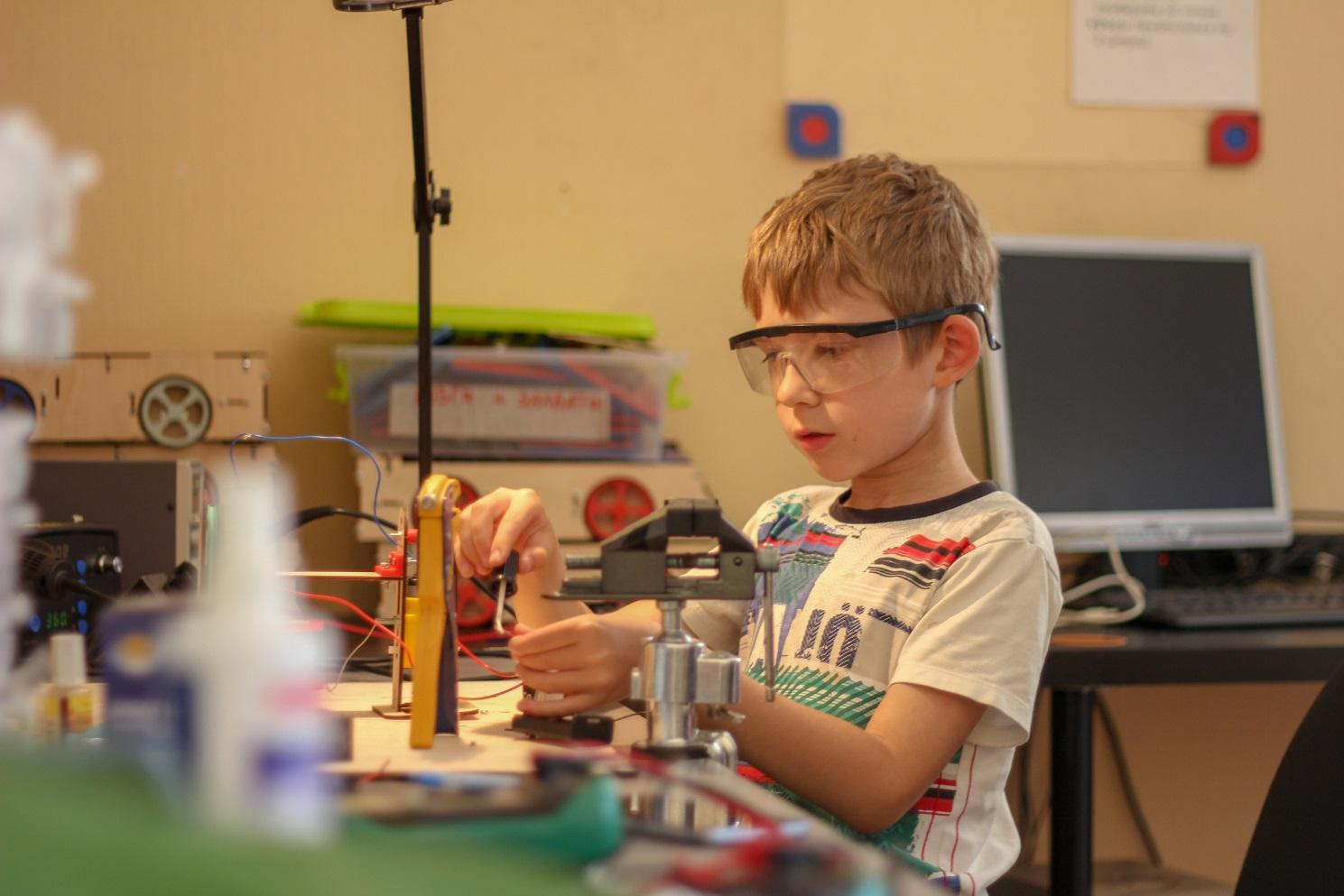 STEM-образование – что это и как применяется в робототехнике